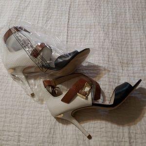 New! Michael Kors sandal
